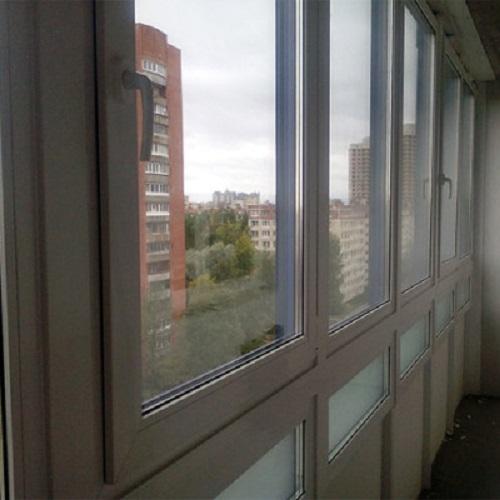 Застеклить и утеплить балкон в алматы. - дерево или металлоп.